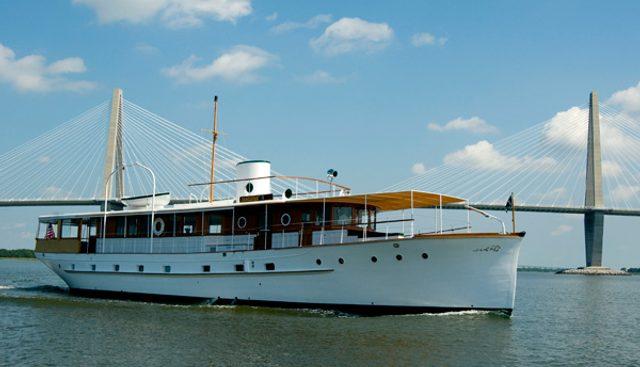 Innisfail Charter Yacht