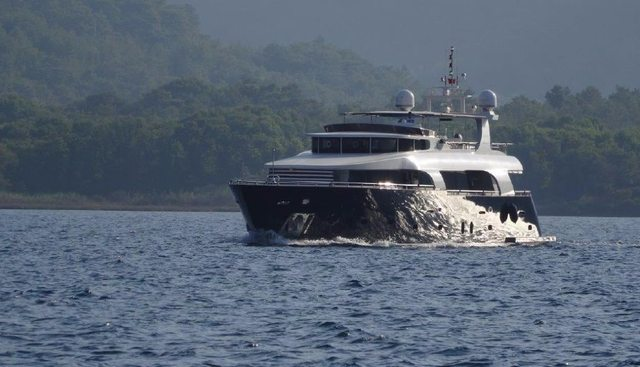 Le Pacha Charter Yacht - 3