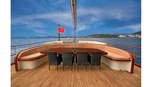 Dragonfly Charter Yacht - 5