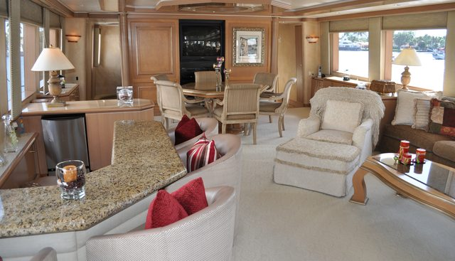 Miss Direction Charter Yacht - 3