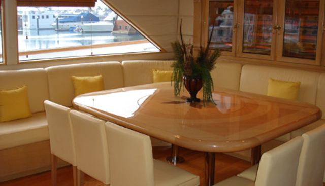 Shinyo Florentina Charter Yacht - 4