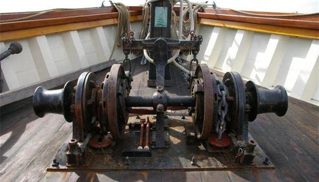 Mist of Avalon Charter Yacht - 3