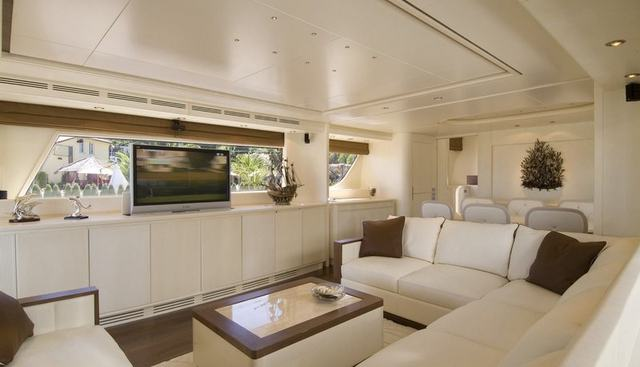 Grande Gatsby Charter Yacht - 3