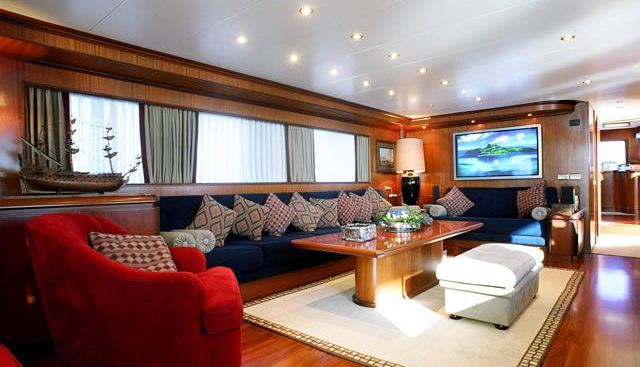 Blue Lady Charter Yacht - 4