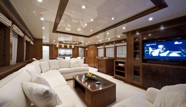 Mrs White Charter Yacht - 4