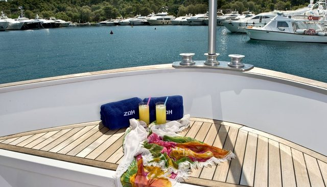 ZOI Charter Yacht - 2