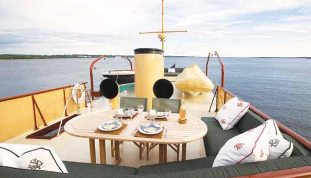 Enticer Charter Yacht - 3