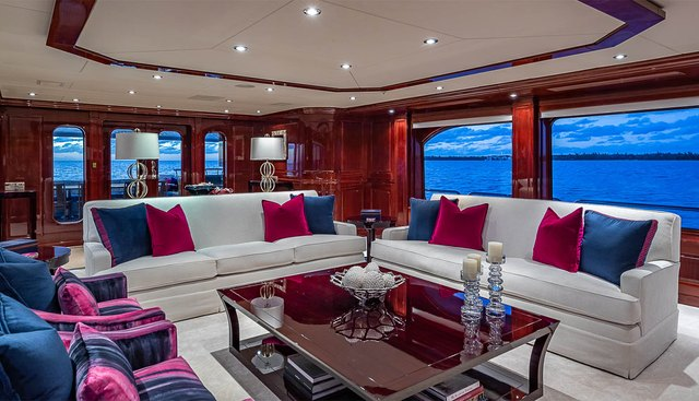 Carte Blanche Charter Yacht - 8