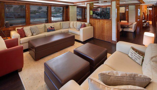 Piccolo Charter Yacht - 7