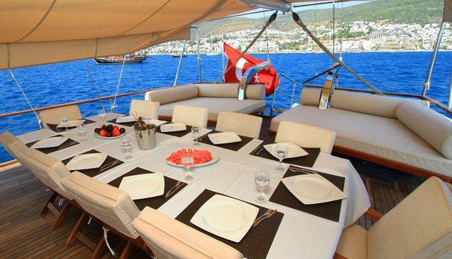 CEO III Charter Yacht - 4