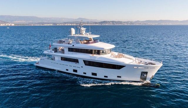 Narvalo Charter Yacht