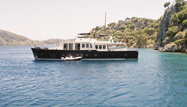 Dali Charter Yacht - 2
