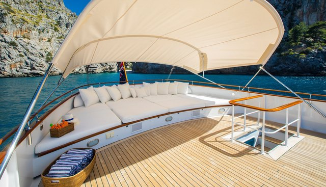 Heavenly Daze Charter Yacht - 3