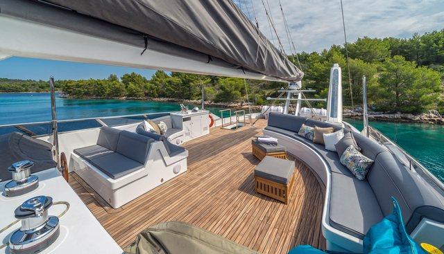 San LiMi Charter Yacht - 3