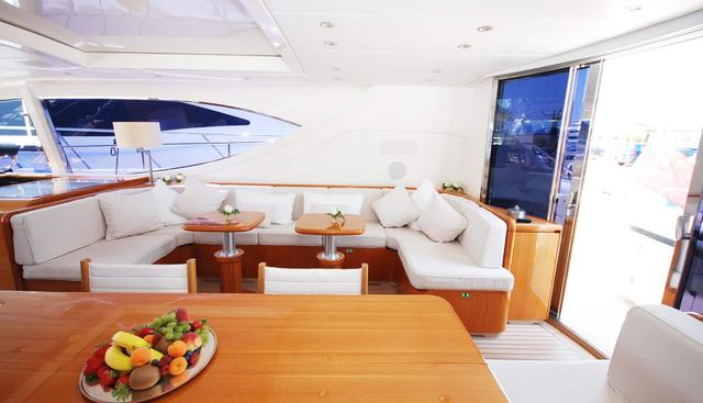 Lady Splash Charter Yacht - 7