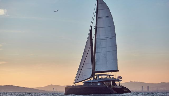 Fantastic Too Charter Yacht - 3