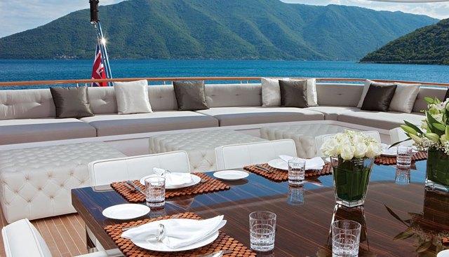 Carpe Diem Charter Yacht - 5
