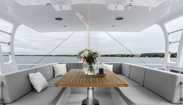 Calmao Charter Yacht - 2