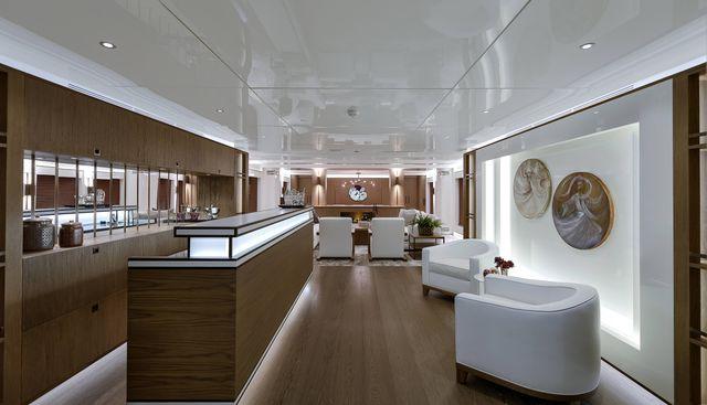 Liquid Sky Charter Yacht - 6