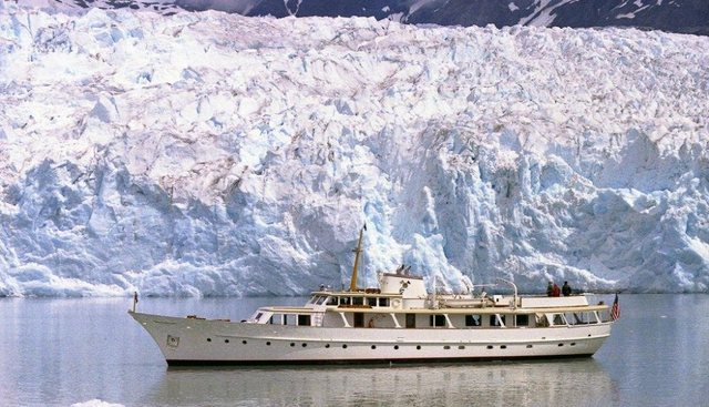 The Highlander Charter Yacht - 2