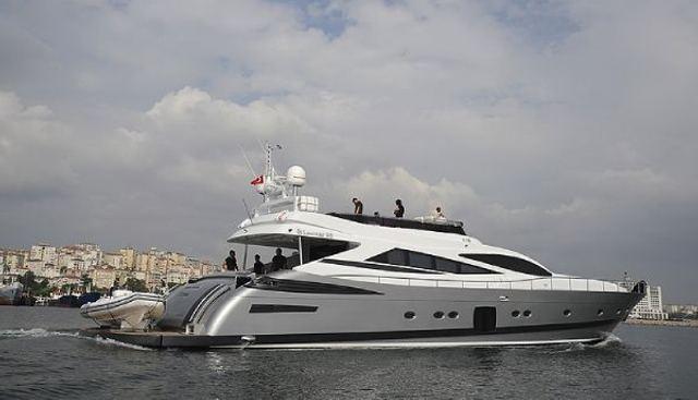 Leomar 95 Charter Yacht