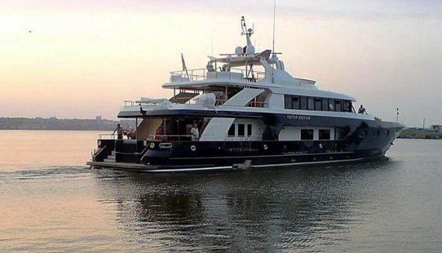 Svyatoy Nikolay Charter Yacht - 3