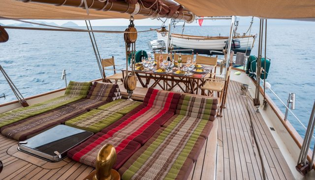 Dallinghoo Charter Yacht - 7