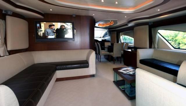 Mi Champion Charter Yacht - 4