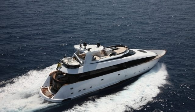L'Or Charter Yacht - 4