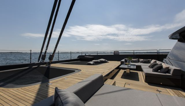 GrayOne Charter Yacht - 3
