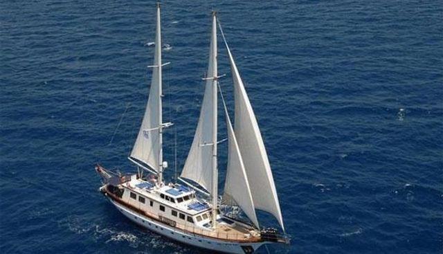 Sirius Charter Yacht