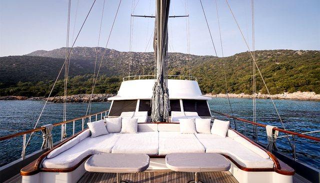 Virtuoso Charter Yacht - 2