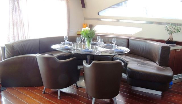 Cinque Charter Yacht - 6