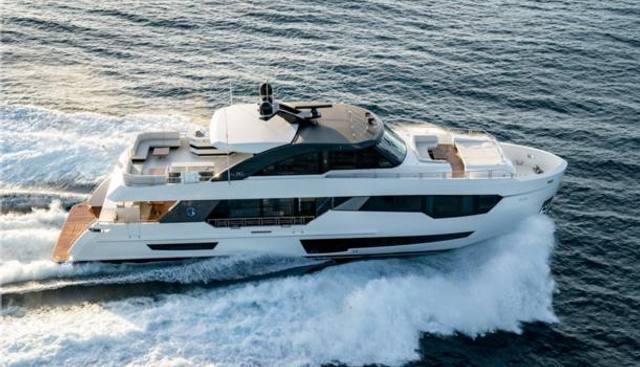 Ocean Alexander 90R03 Charter Yacht - 2