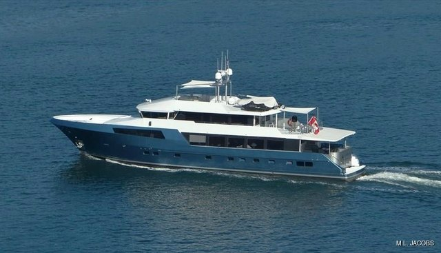 Ascente Charter Yacht