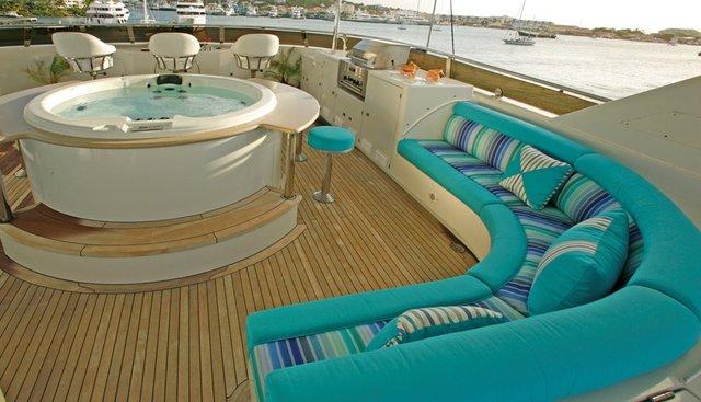 Queen D Charter Yacht - 6