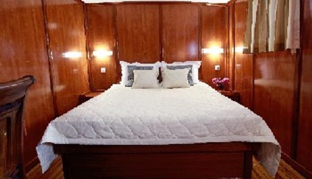 Luna Charter Yacht - 8