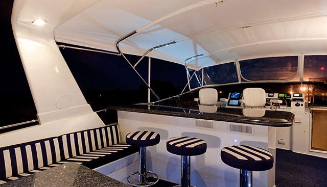 Ambling Along Charter Yacht - 4