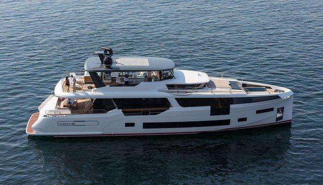 Sirena 88/02 Charter Yacht - 2
