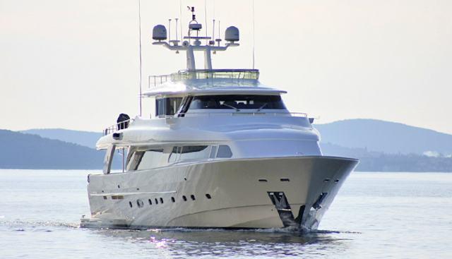 Maluhea Charter Yacht - 2