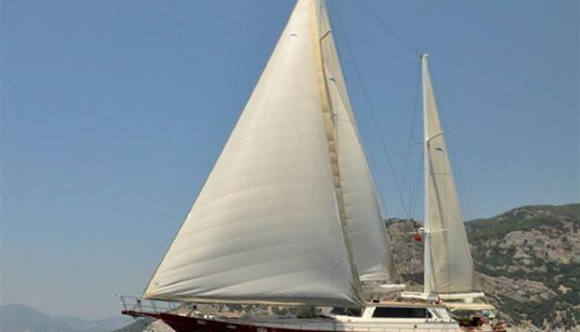 Handem Charter Yacht
