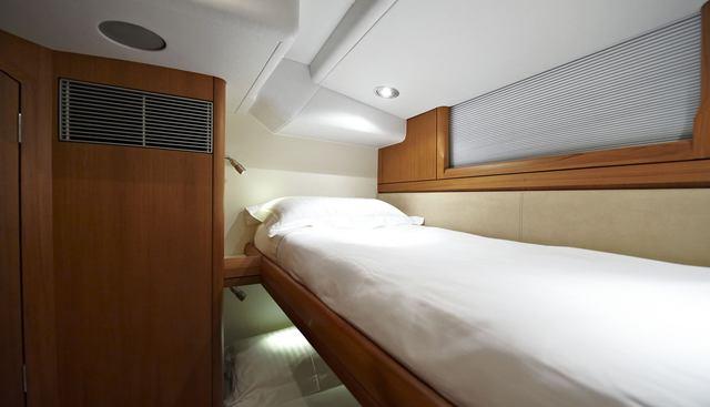Solitaire of Bosham Charter Yacht - 8