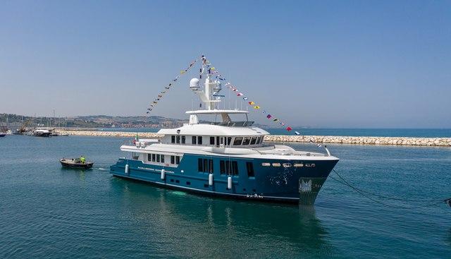 Buzios Charter Yacht