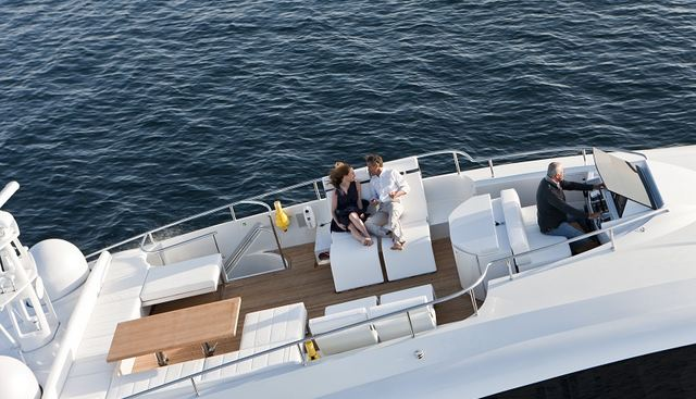 Le Caprice IV Charter Yacht - 3