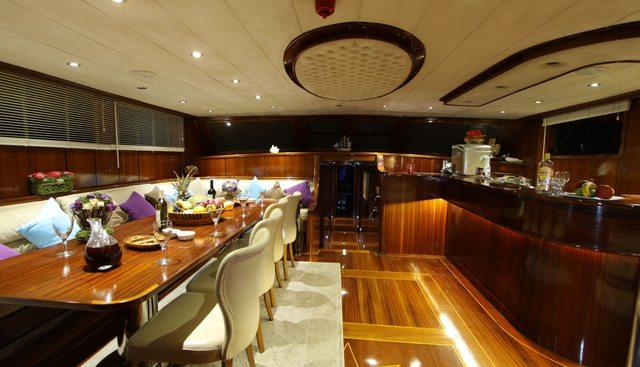 Dear Lila Charter Yacht - 6