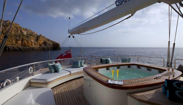 La Luna Charter Yacht - 6