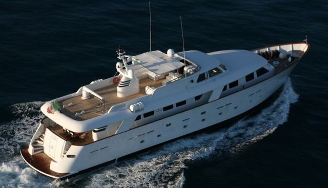 L'Instant IV Charter Yacht - 3