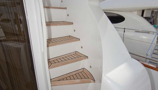 Evelyn Charter Yacht - 3