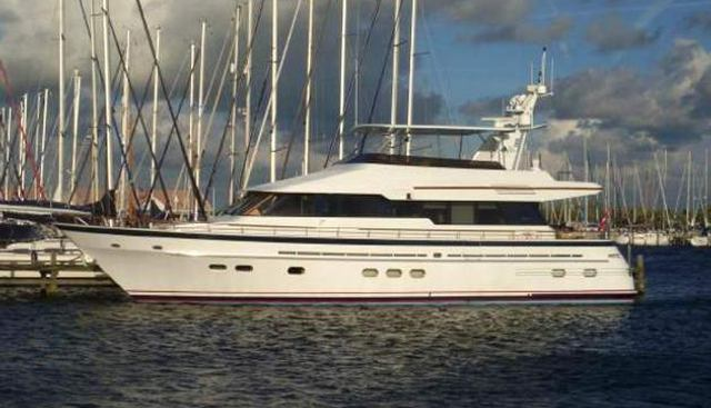 Belle de Jour Charter Yacht