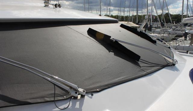 Fantasia of London Charter Yacht - 8
